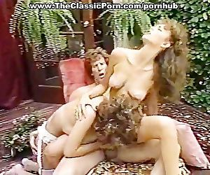 Porn threesome..