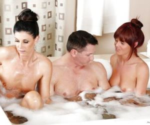 Milf babes India Summer and Rahyndee James ass fucked in..
