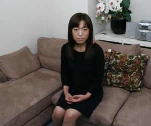 Clothed beauty Kazue Hamano is revealing her Asian hairy..