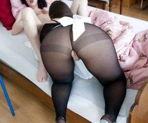 Classy lesbians Larissa Gold and Sarah Dark spend the day..