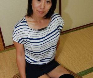 Astonishing Asian babe Masako undressing and showing her..