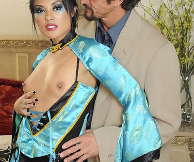 Asian MILF in fishnet pantyhose Kaylani Lei gets fucked hardcore